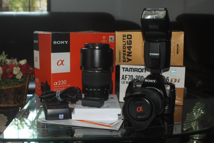 kamera DSLR Sony Alfa A230 komplit tele dan flash