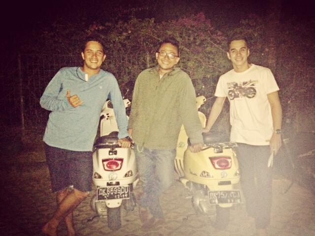 Sewa Modern Vespa LX di Bali / Vespa Rent Bali