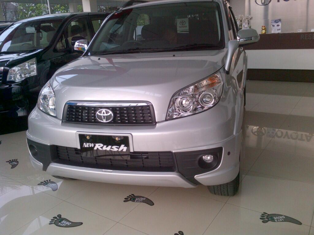 Beli Toyota RUSH Yuuk,Promonya Lagi Banyak Niih