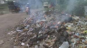 Bakar Sampah Sembarangan Awas Kena Hukuman