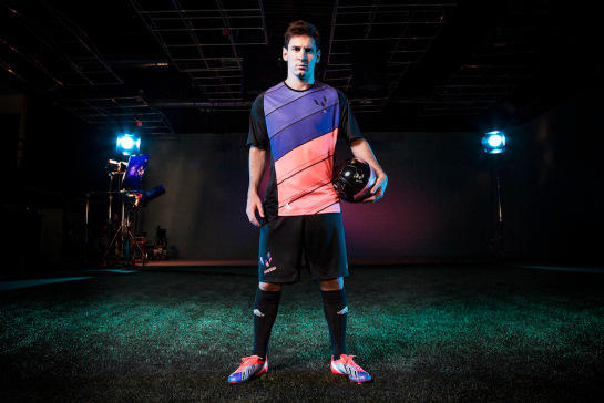 Messi Lightspeed kit (Jersey+Celana)