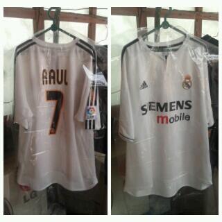 DIJUAL! Jersey Real Madrid Home 03/04 nns RAUL #7 (ALL ORIGINAL)