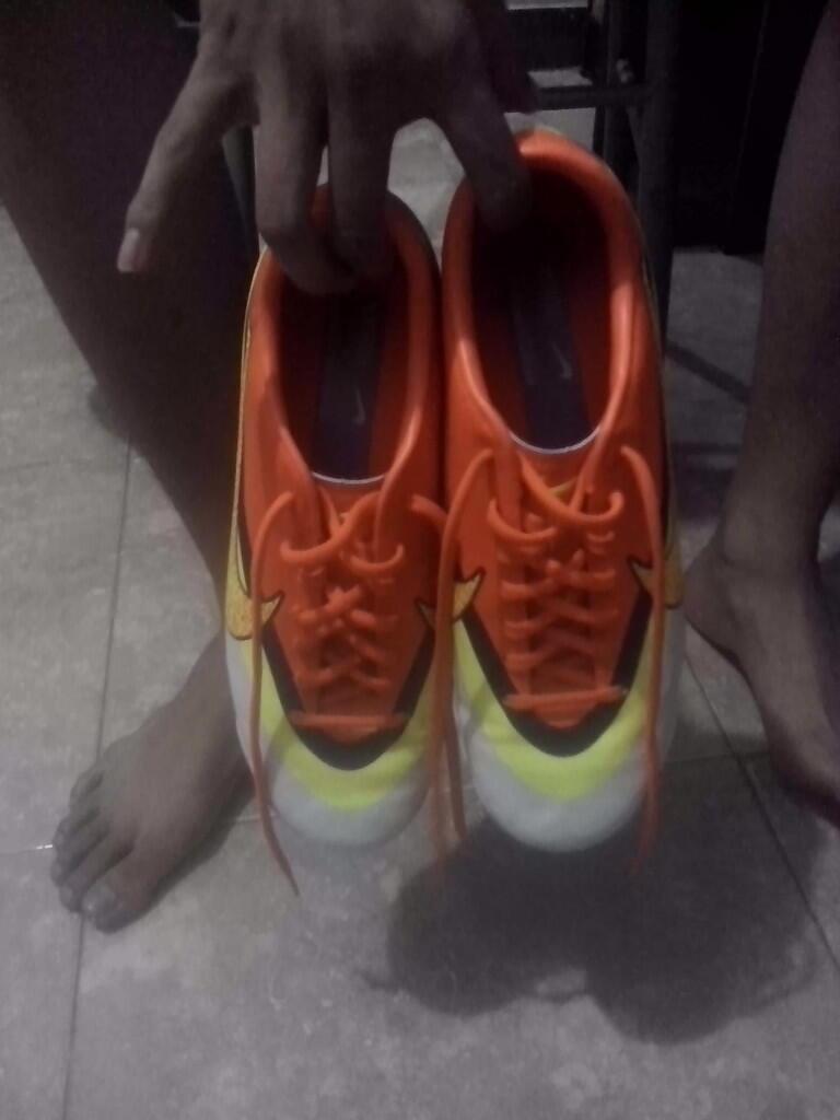 JUAL Sepatu Futsal Nike Rainbow mercurial CR 7 JOGJA