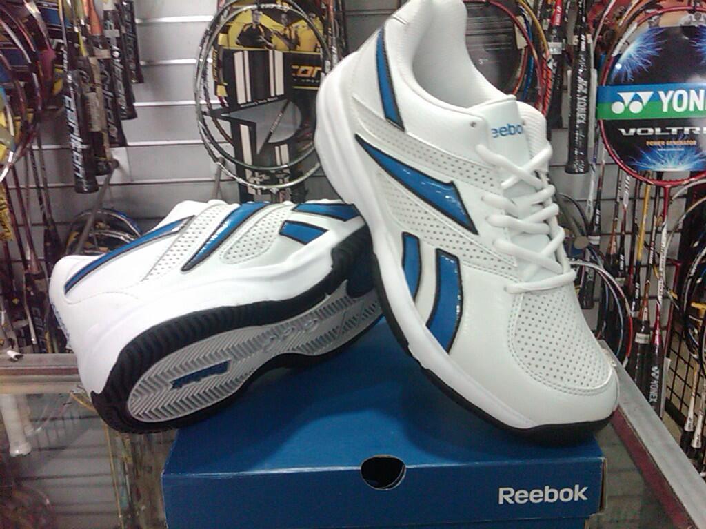 Terjual Sepatu Tenis Reebok Victory Hit White Blue Black Tennis 100 Original Shoes
