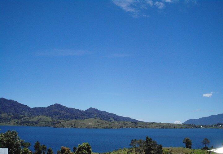 Pesona Alam Danau Kembar, Sumatera Barat