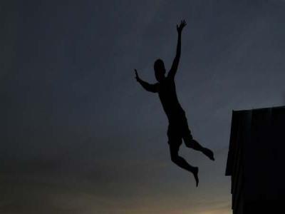 Bocah China Tewas Melompat dari Lantai 30 Atas Perintah Guru
