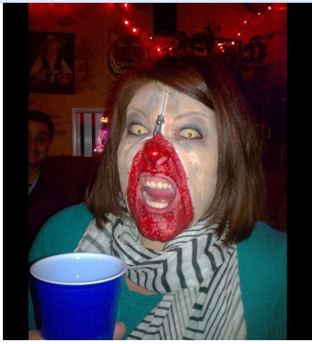 Gila, Dandanan Perayaan Halloween Ini Nyata Dan Seram!