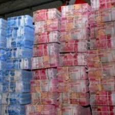 """165 Triliyun Rupiah Menguap untuk Sebuah Pesta """"Konyol"""""""