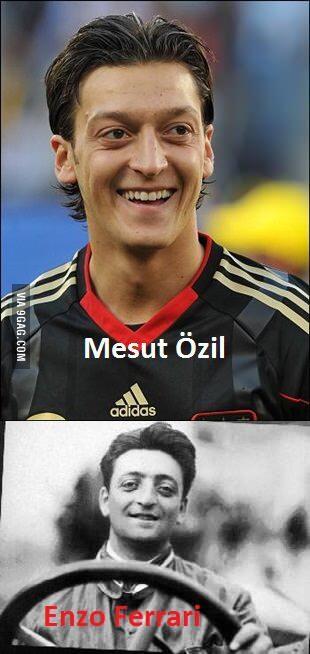 Mesut Özil Berikan Jersey nya kepada Mou Selepas Pertandingan