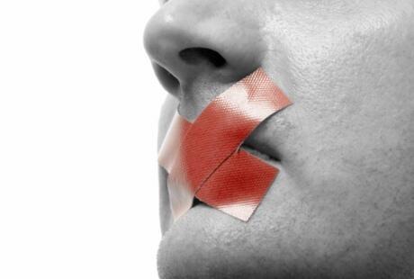 7 Penyakit Yg Mengincar Penggemar Oral Sex [NO BB]