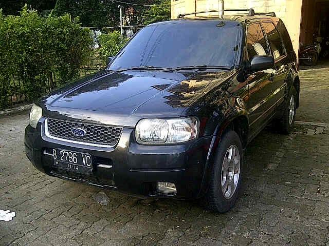 Ford Escape AT 2.3L 2004 Good Condition Gan