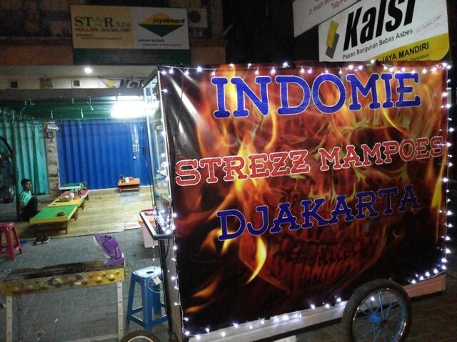 Indomie Strezz Mampoes Djakarta - Lokasi Jalan Imam Bonjol Denpasar