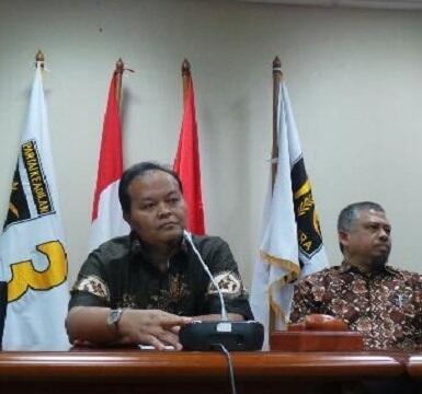 [serangan balik PKShit] Anas dan Nazaruddin Istrinya Satu Tapi Berurusan dengan KPK