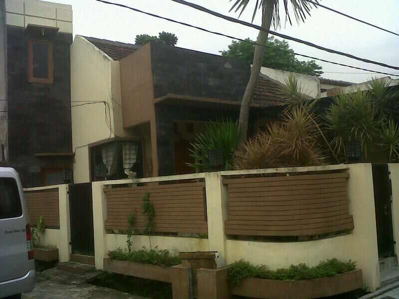 Rumah Griya Ciledug Bebas Banjir