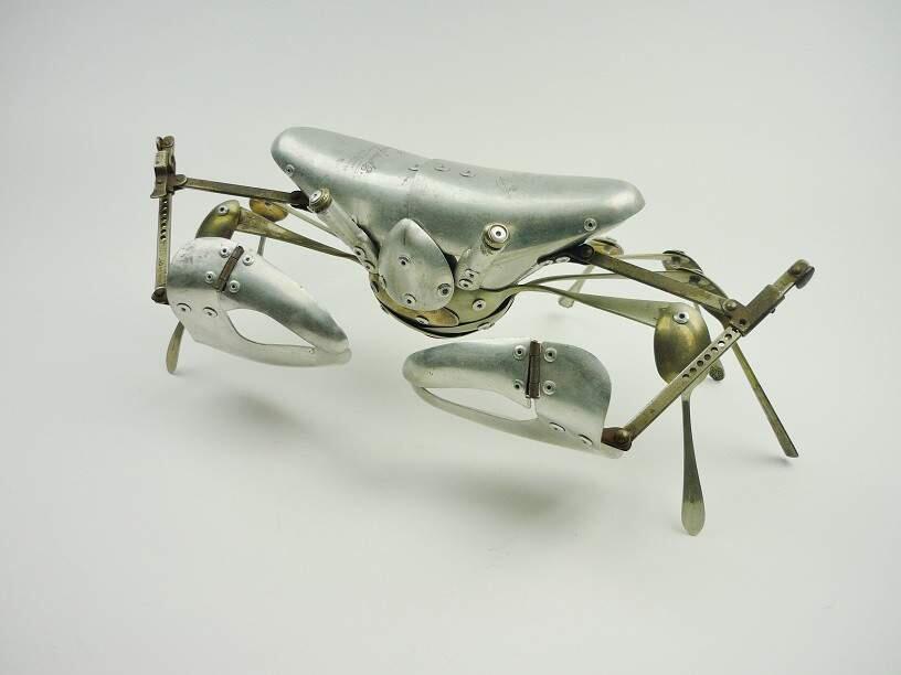 Seni Kreatif Patung Hewan dari Barang Bekas oleh Dean Patman