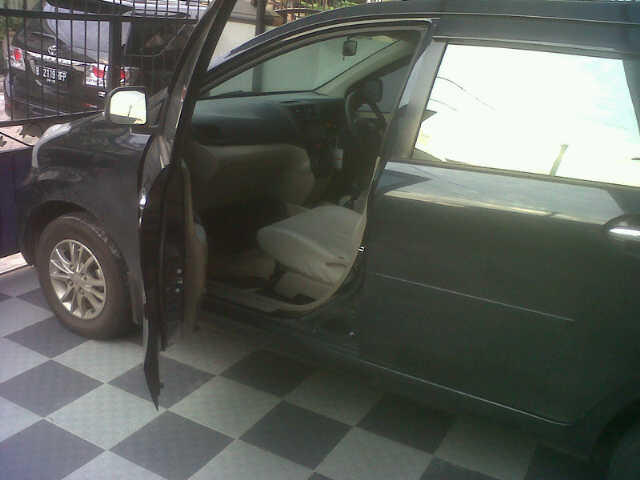 Jual Daihatsu Xenia 2012 Family