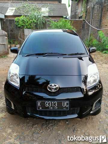 Toyota YARIS MULUS like new   2012