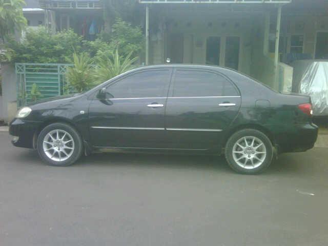 di jual mobil corolla altis 2005 over kredit transmisi automatic warna hitam