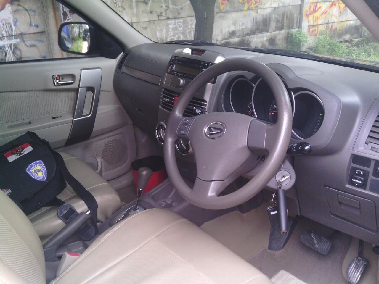 Dijual Daihatsu Terrios 2010 muluuusss terawatttt