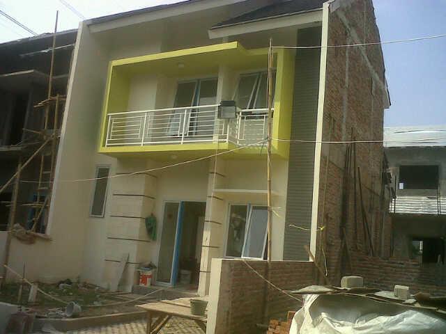 Sakarum 2 Lantai Di BULOG 2 Dekat Toll Jati Warna Pondok Gede