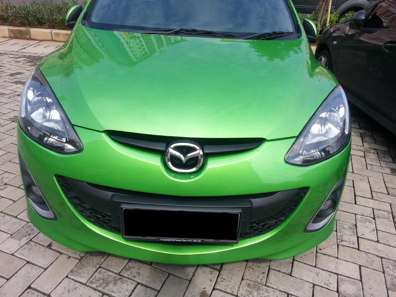 Mazda2 HB R Manual Hijau 2012/2011