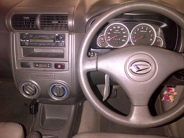 Daihatsu Xenia 1.0 Li VVTI - 2009