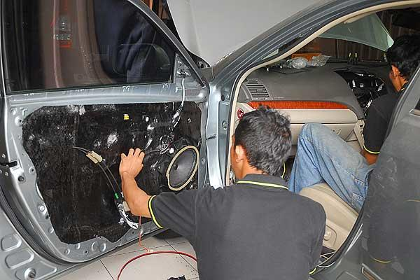 Jasa Install, Service dan setting audio Mobil / car audio Mobil