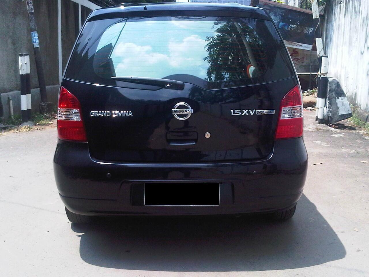 Nissan Grand Livina 1.5 XV AT 2010