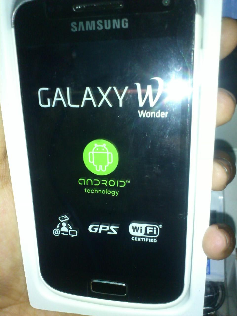 Samsung Galaxy Wonder (W) i8150 White [new]
