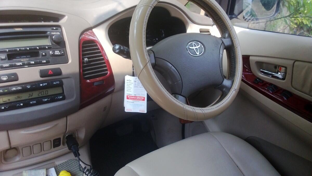 Toyota Kijang Innova 2004 Jual Nego Murah
