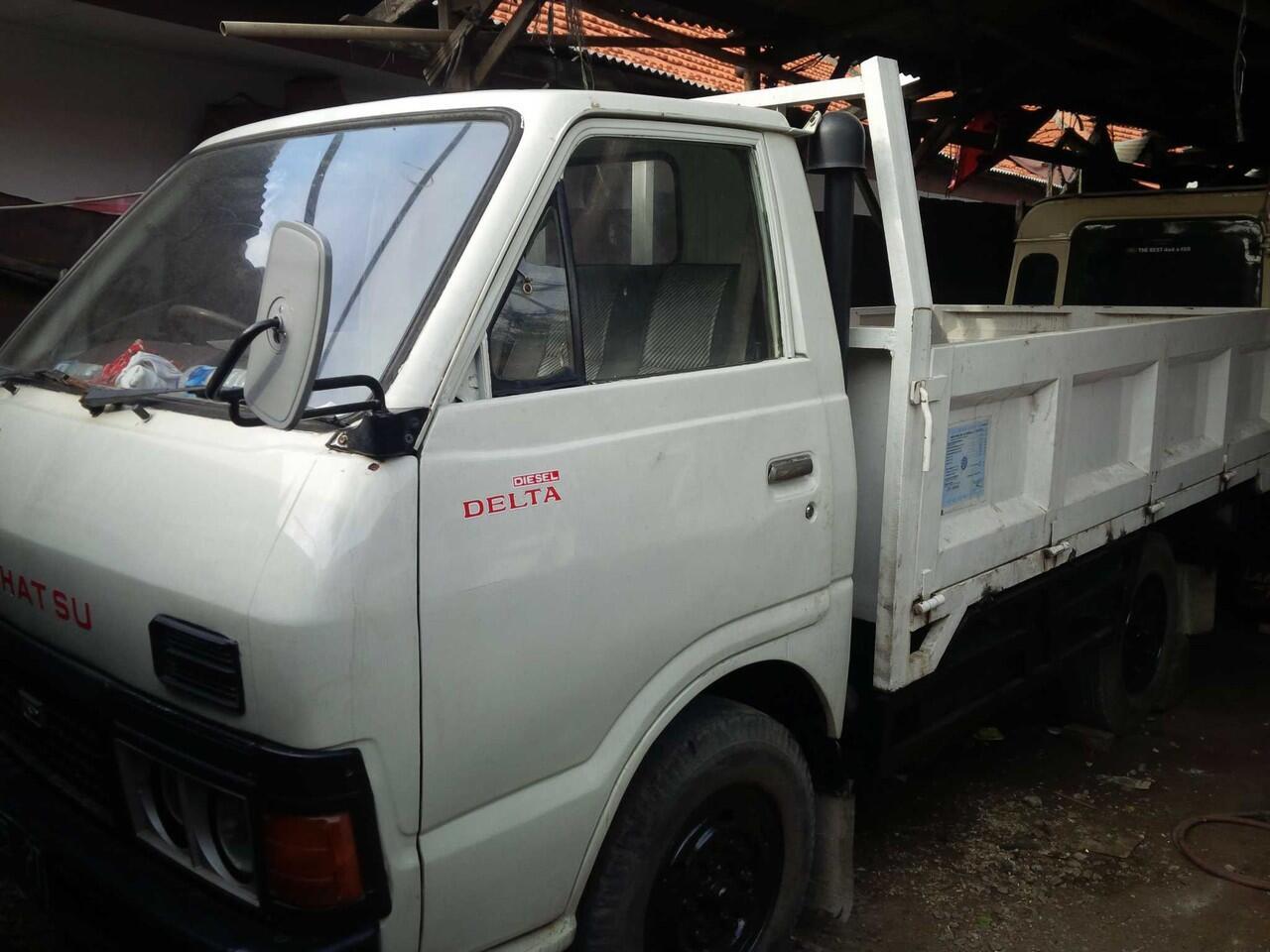Daihatsu delta, colt diesel, dyna rino