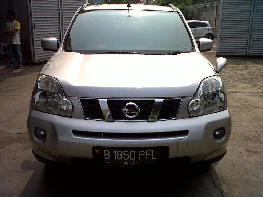 Nissan X-Trail st at tahun 2009 grey harga nego