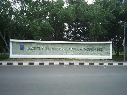 [ITS] Institut Teknologi Surabaya, salah kaprah sebuah nama