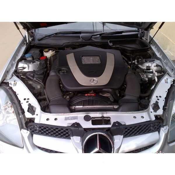 Dijual Mercedes Benz SLK 300 2010 Warna Silver LOW KM TERAWAT