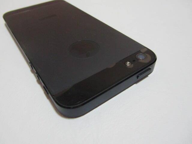 Iphone 5. 16Gb. Black. Mulus. Harga nett