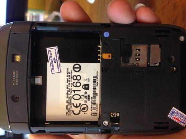 blackberry 9810 torch 2 white wii fullset