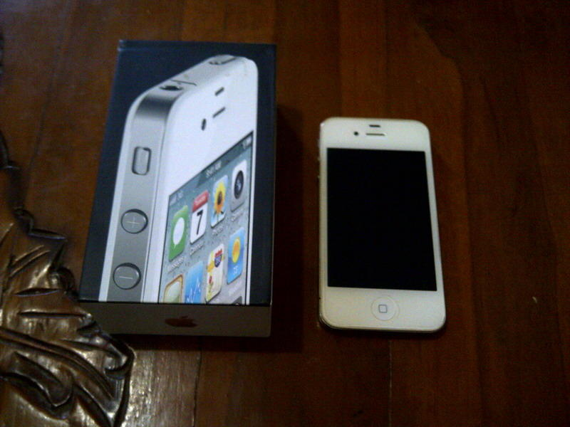 JUAL IPHONE 4 CDMA 32 GB WHITE OS 7.0