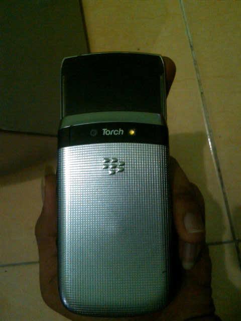Blackberry Torch 2 9810 Black
