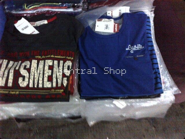 Terjual Celana Jeans dan Baju LEVIS 100% Original Import