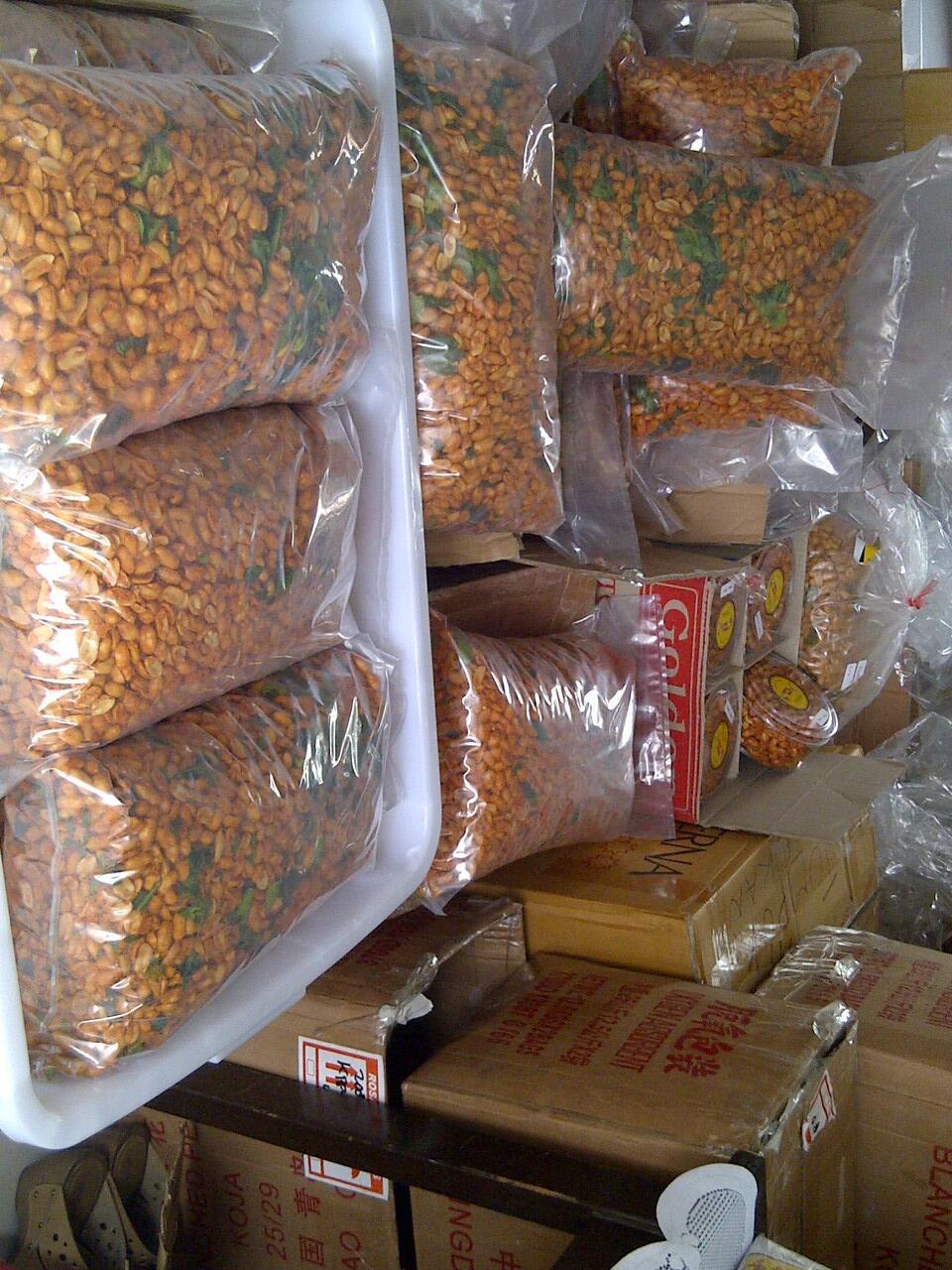 Cari Jual Camilan Kacang Bangkok Thailand Jeruk