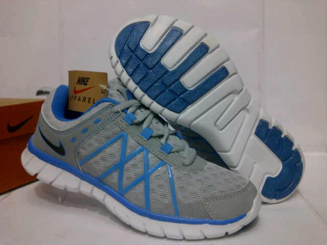 Running Shoes Branded Adidas and Nike Murah! Masuk gan