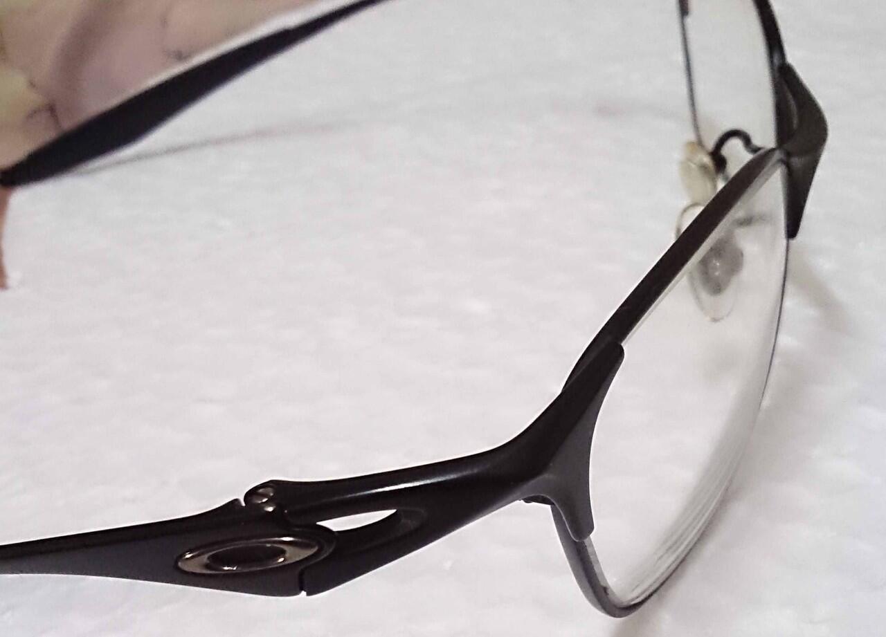 Terjual Kacamata Oakley Original Bekas  cc878751bf
