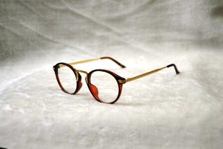 Kacamata Cantik