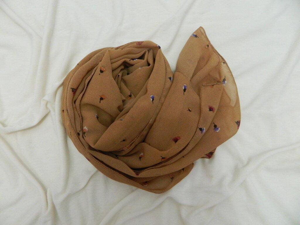 Velmoon Hijab HARGA MAHASISWA!