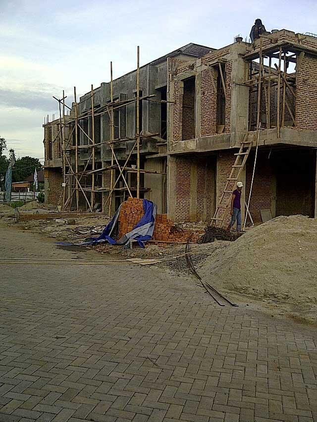 Rumah Baru Mewah Grand Mansion di Jagakarsa Jakarta Selatan