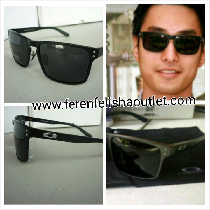 2da10b89eea Terjual Kacamata Oakley Holbrook Titanium