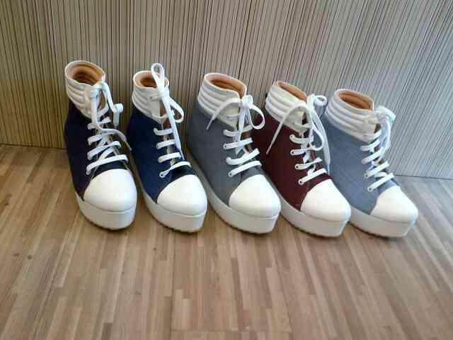 ready stock flatshoes flatform wedges heels murah!