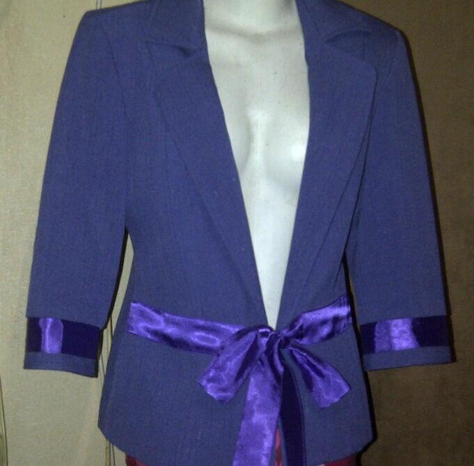 Garage Sale - Ladies Market (T-shirt-Blazer-Kebaya-dll..dll...)
