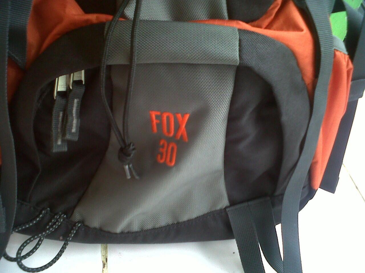 carrier Deuter Fox 30L , tas TNI-AD merk Carter Military ,Tas Umbro, Tas Laptop Dell