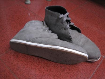 Tas ransel ripcurl, sepatu size 40, earphone sennheiser CX 300-II